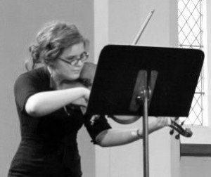 Megan - Viola player of India Rose Strings
